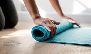 Упражнения при опущении матки: гимнастика по Кегелю, Юнусову, зарядка, йога, лфк