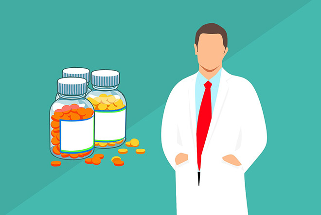 Таблетки и врач